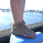 DIY : Des bracelets de chevilles frangés | Fringed ankle bracelet