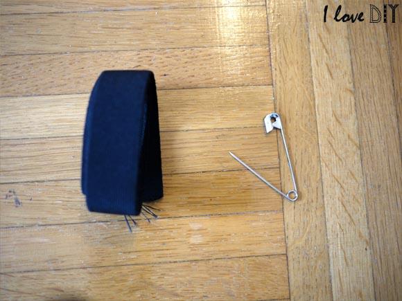 6 on prend du fil elastique et une épingle a nourrice