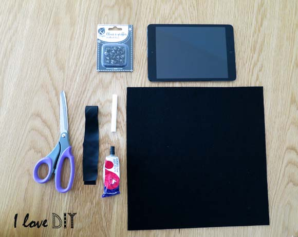 le materiel pour creer une pochette de tablette personnalisée