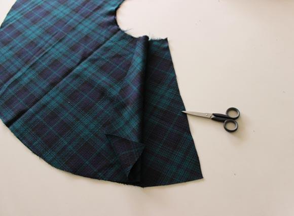 diy une jupe tartan qui tourne ou comment faire une jupe sans fermeture clair ni lastique. Black Bedroom Furniture Sets. Home Design Ideas