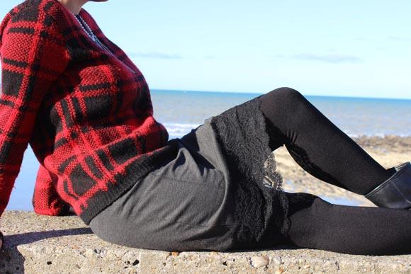 DIY customisez une jupe avec de la dentelle ILOVEDIY11