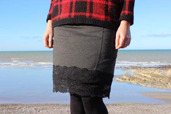DIY customisez une jupe avec de la dentelle ILOVEDIY9