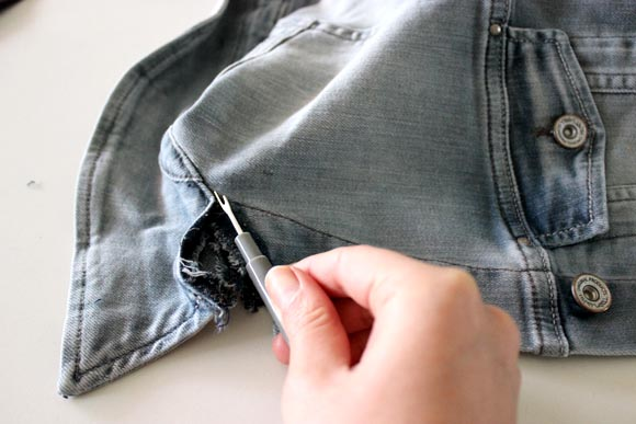 decoudre le col de la veste en jeans Ilovedoityourself