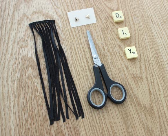 Materiel pour realiser des boucles d oreilles a franges super facile