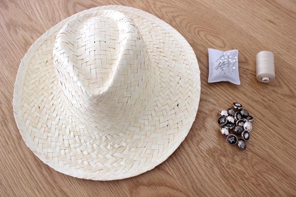 materiel pour customiser un chapeau en paille façon the kooples
