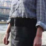 DIY : Relookez une chemise d'homme avec des franges