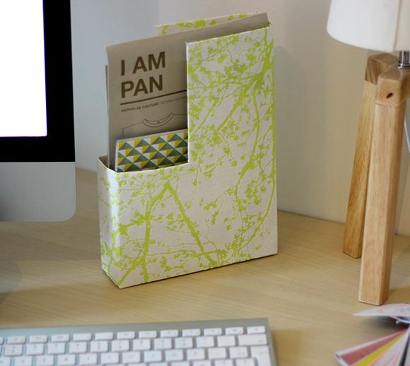 sticky postboite papier peint