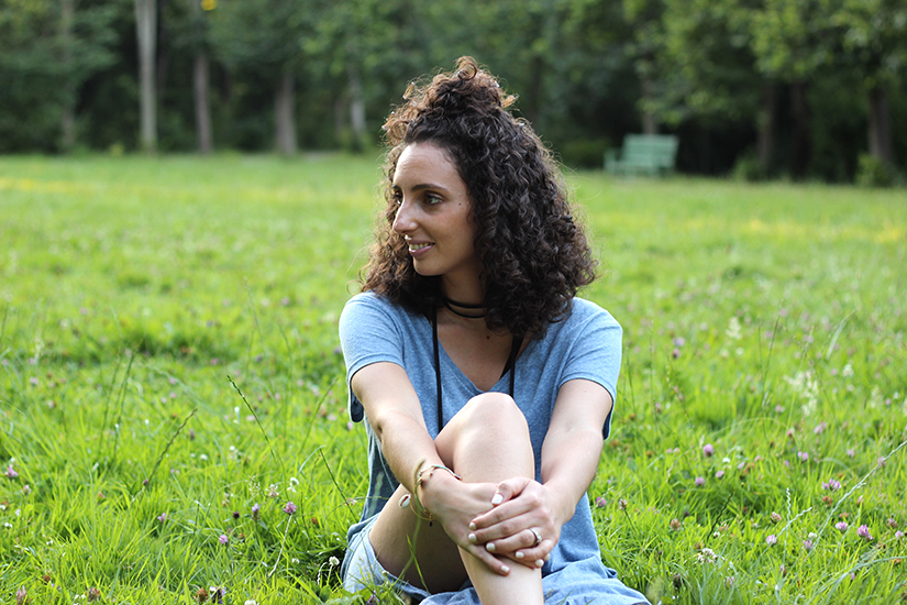 portrait blog mode paris cheveux boucles
