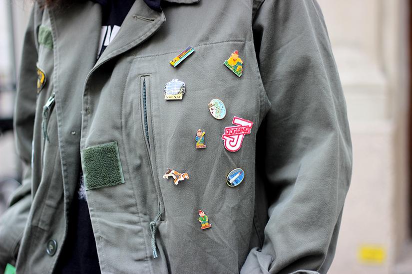 custo-veste-militaire-pins