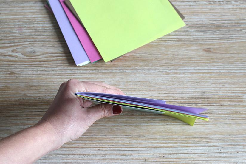 inserer-papier-de-couleur