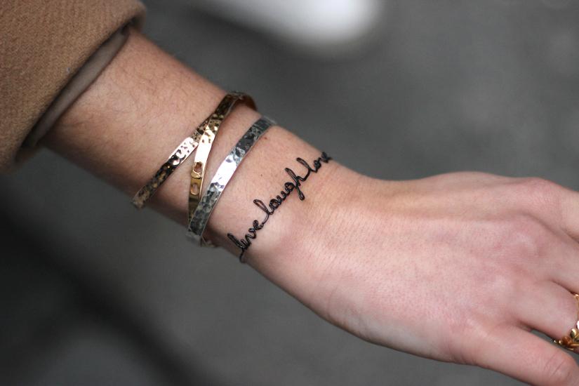 bracelet mot facon tatouage mitabaya