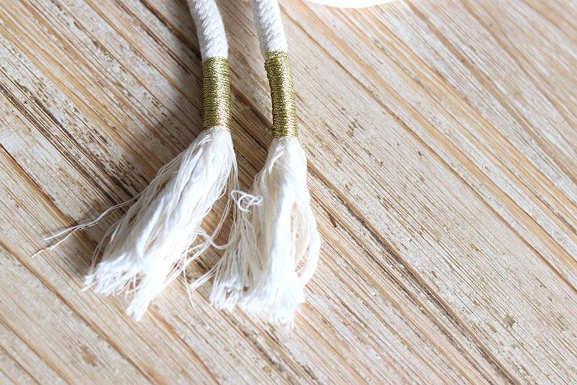 ceinture corde et pompon