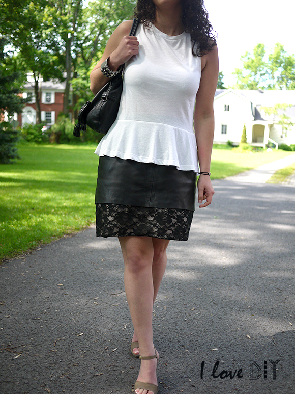 Outfit leather and lace