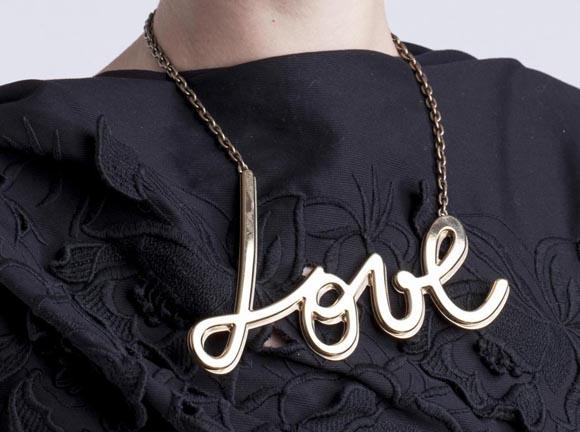 collier-love-de-lanvin-a-625eur