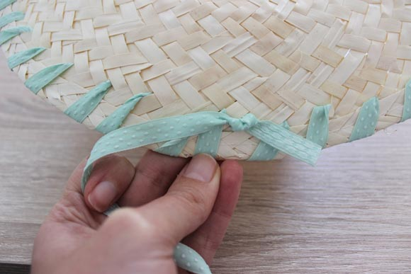DIY customisez un chapeau en paille ilovedoityourself5