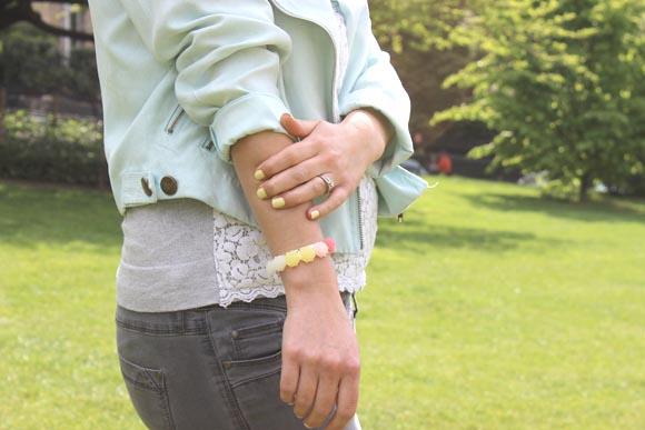 DIY bracelet rose pastel