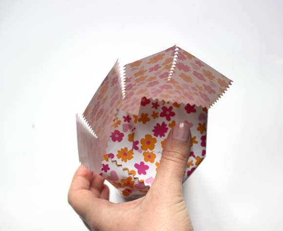 emballer un objet cylindrique