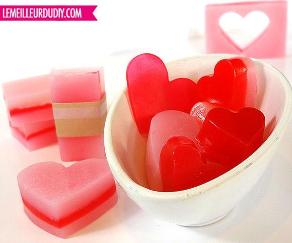 DIY-savon-coeur-rouge