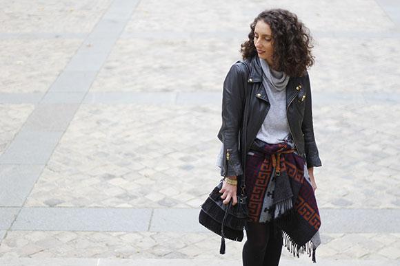 look-paris-comment-porté-le-poncho