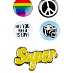 lot-de-5%a0badges-peace-and-love-multicolores