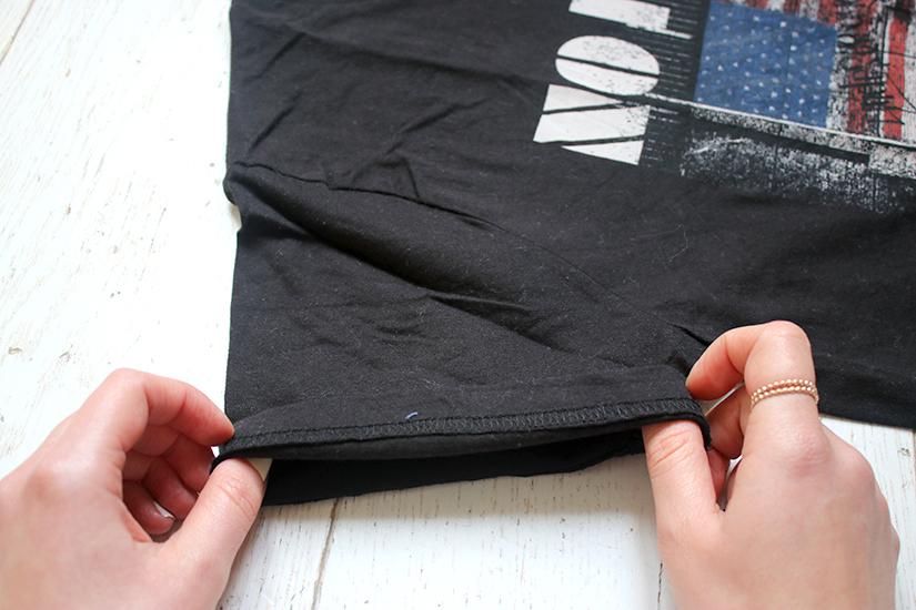 retrousser les manches d un tee shirt