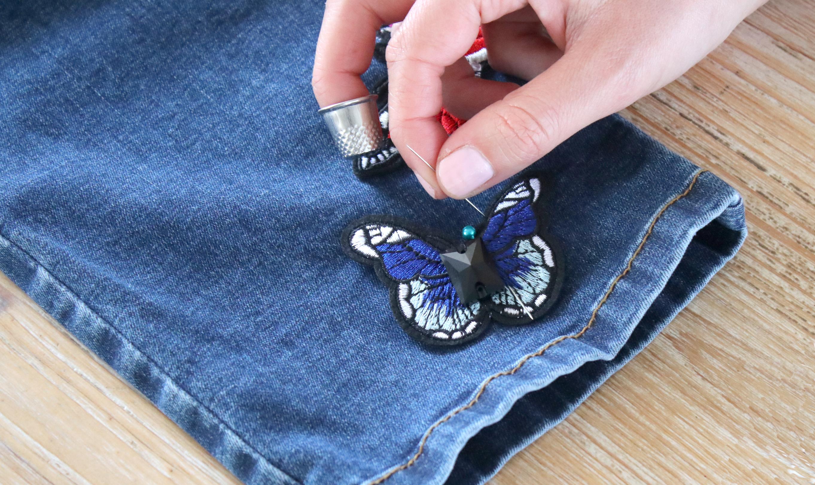 3 - Coudre les patchs papillons